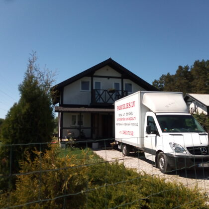 Mājas mantu pārvešana - Pārcelšanās serviss parcelies.lv